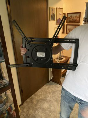 TV Wall Mount for Sale in Puyallup, WA