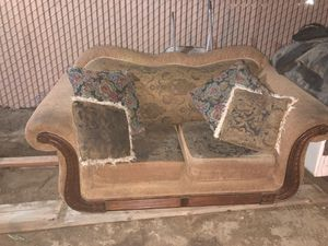 Luv seat for Sale in Hanford, CA