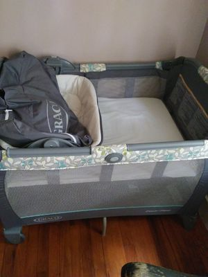 Graco pack & play for Sale in Bowling Green, MO