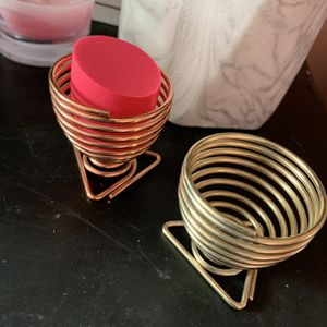 2 set beauty blender holder for Sale in Santa Ana, CA