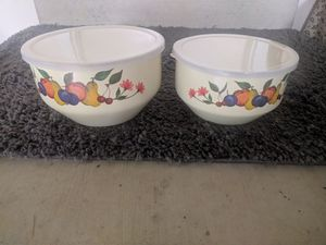 Mixing Bowl set for Sale in Clarksville, MD