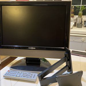 "TV Monitor LCD 19"" Insignia for Sale in Tualatin, OR"