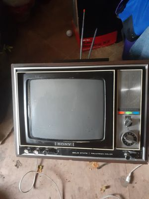 "Sony tv,color,13"" for Sale in Wichita, KS"