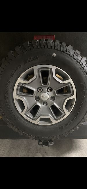 Set of 5 2014 Rubicon rims 17in for Sale in Rowlett, TX
