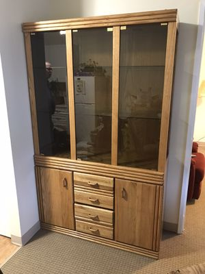 China hutch for Sale in Lynnwood, WA
