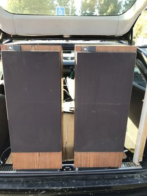 VINTAGE JBL L80T3 3WAY FLOOR SPEAKERS - EXCELLENT CONDITION WORKS GREAT!! for Sale in Pasadena, CA