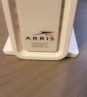 Arris Surfboard Modem & Router 300mbps for Sale in Los Angeles, CA