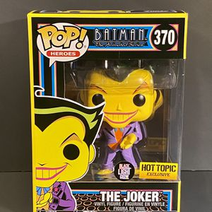🃏 Funko POP! Batman Animated The Joker #370 Black Light - Hot Topic Exclusive for Sale in Boca Raton, FL