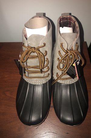 NEW Women's size 11 all weather rubber duck boots for Sale in Edgewater, MD
