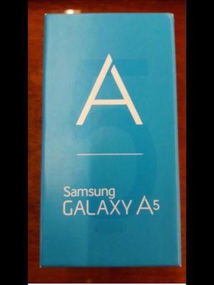 Teléfono celular Desbloqueado Samsung Galaxy A5 Cell Phone Unlocked 16GB for Sale in Miami, FL