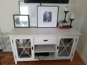 TV Entertainment Console for Sale in Framingham, MA