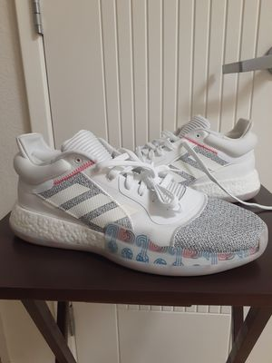 Adidas Marquee Boost Low Men's Basketball Shoes for Sale in Chula Vista, CA