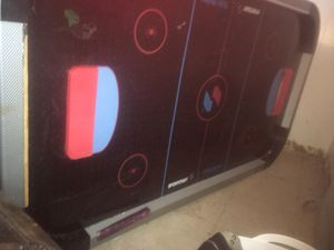 AIR HOCKEY TABLE WORKS/ DISSASSEMBLED for Sale in Beltsville, MD