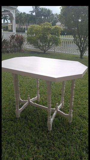 Vintage table for Sale in Royal Palm Beach, FL