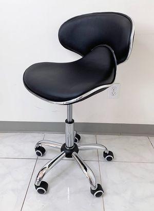"New in box $45 Modern Swivel Stool w/ Wheels Salon Spa Medical Chair (Hydraulic Seat 17""-23"") for Sale in El Monte, CA"