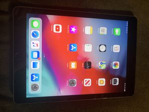 Ipad Air 1 16gb wifi/cellular unlocked for Sale in Sacramento, CA