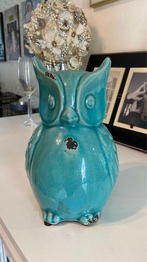 Teal ceramic owl for Sale in Miami, FL