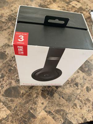 Beats Studios 3 wireless for Sale in Roseville, MI