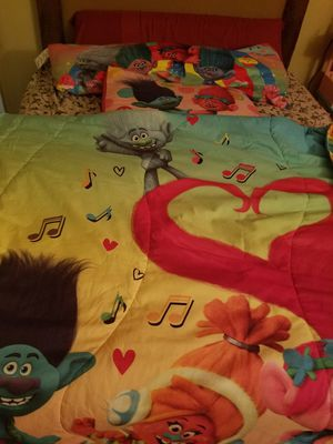 Kids girls twin trolls bed comforter set. Also FROZEN comfort ,pillows,curtains. Both for $30. for Sale in Las Vegas, NV
