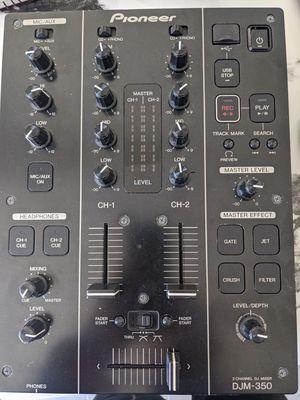 Pioneer DJM 350 Dj Mixer great condition! for Sale in Las Vegas, NV