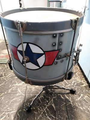 Deep marching snare drum wfl probably from the 30s comes with a special cut down stand so you can use it with a drum set.11in deep, 14 in around for Sale in Vista, CA