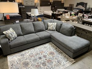 Grey Sectional Sofa for Sale in Pico Rivera, CA