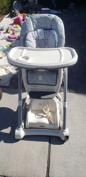 Graco highchair for Sale in Henderson, NV