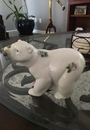 Polar Bear Lladro Figurine for Sale in Redlands, CA
