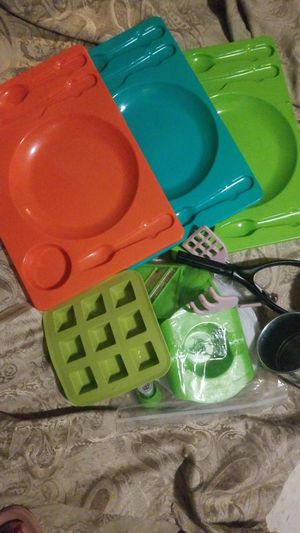 FREE !!(PENDING)Kitchen Goodies for Sale in Tacoma, WA