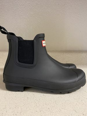 New Women's Hunter Chelsea Rain Boots for Sale ! for Sale in San Jose, CA