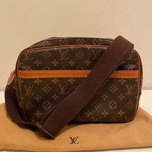 Louis Vuitton Vintage Messenger Bag - Authentic & Excellent Condition for Sale in Miami, FL
