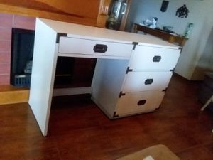 DESK for Sale in Exeter, CA