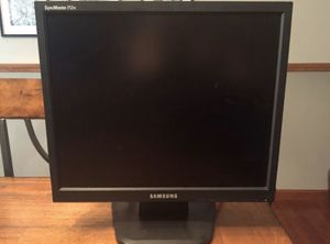 Computer monitor for Sale in Manchester, MO