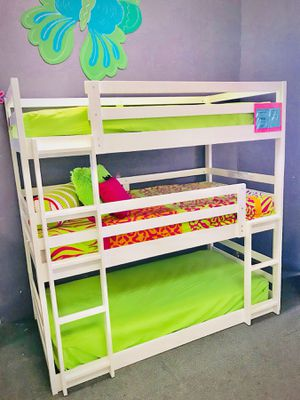 Triple bunk bed for Sale in Scottsdale, AZ