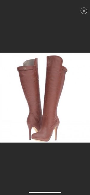 High heel boots size 8.5 for Sale in Pomona, CA
