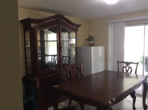 Formal cherrywood dining table for Sale in Lake Wales, FL