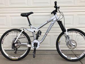 Kona Stinky Garbonzo, LG Downhill Mountain Bike for Sale in Aurora, CO