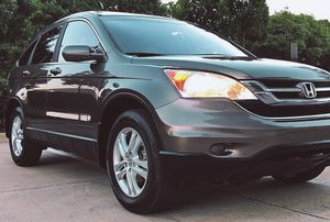 HONDA CRV 4 DOORS 4 CYLINDERS PERFECT CONDITION for Sale in Tampa, FL