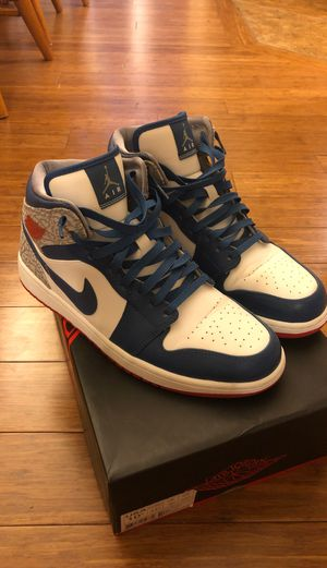 Air Jordan 1 Retro Size 10.5 white/fire red-tr bl-cmnt gry for Sale in Garner, NC