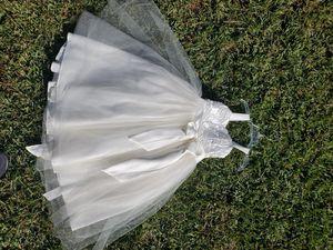 Girls White flower girl/haloween costume dress for Sale in Altadena, CA