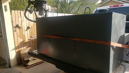 100 gallon fuel tank and pump for Sale in San Angelo,  TX