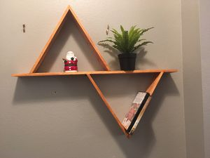 dual wall triangle shelves for Sale in Riverview, FL