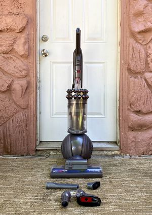 Dyson Cinetic Big Ball Asthma + Allergy Vacuum Cleaner w/ attachments for Sale in El Cajon, CA