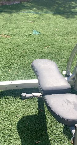 Bench Press W/ Weights. for Sale in San Diego,  CA