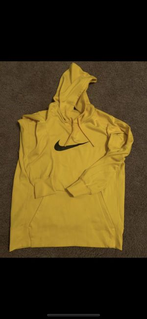 Yellow Nike hoodie for Sale in Columbus, OH