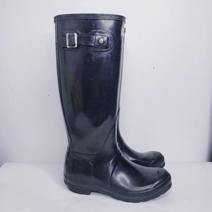 Hunter boots black size 7 womans 6 mens for Sale in Chicago, IL