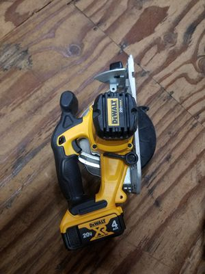 20-Volt MAX Lithium-Ion Cordless 6-1/2 in. Circular Saw  With battery for Sale in Renton, WA