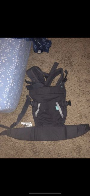 Infantino baby carrier for Sale in Federal Way, WA