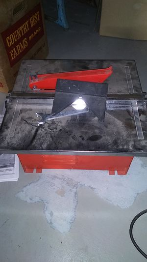 Chicago wet cutting tile saw for Sale in Sunbury, PA