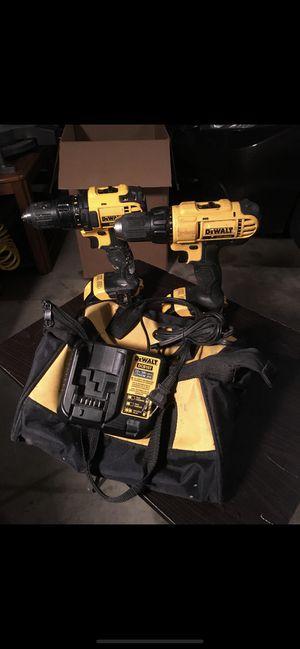 Drills set 18 volts dewalt for Sale in DeKalb, IL